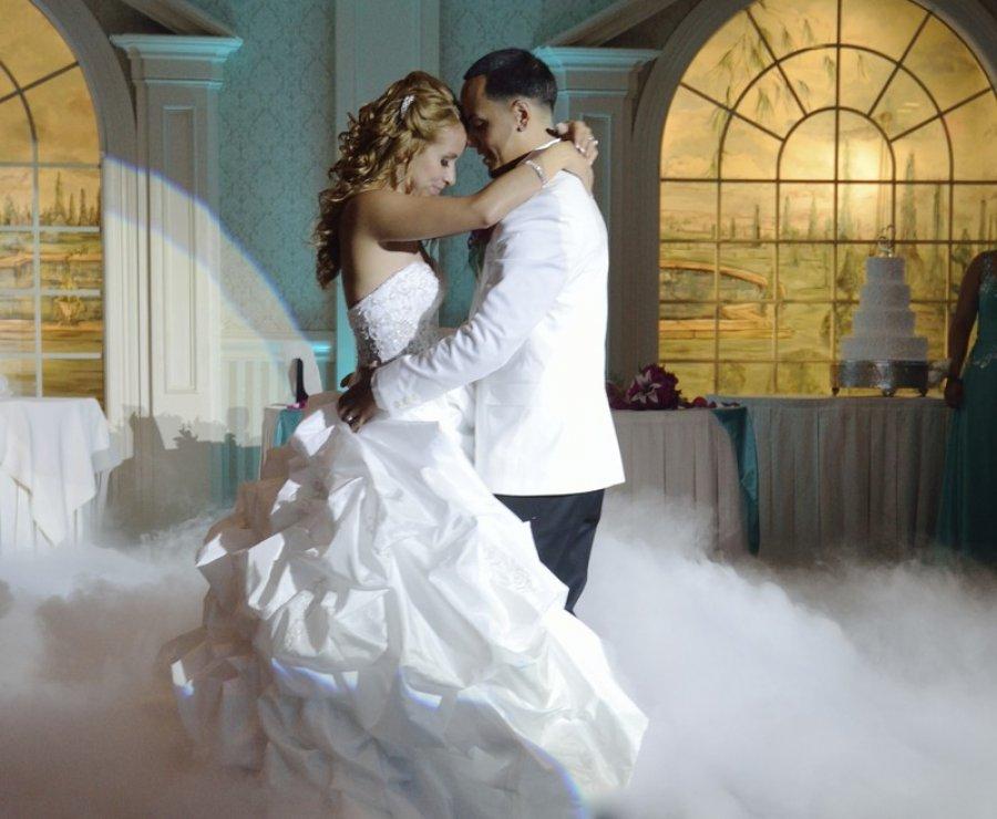 Как разнообразить первый свадебный танец?